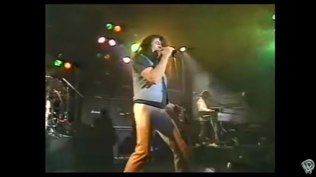 IAN GILLAN – Classic Live Solo Footage From 1982 Featuring Future IRON MAIDEN Guitarist JANICK GERS Streaming