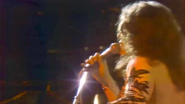 "DEEP PURPLE Perform ""Space Truckin'"" Live At California Jam 1974; Rare Video Streaming"