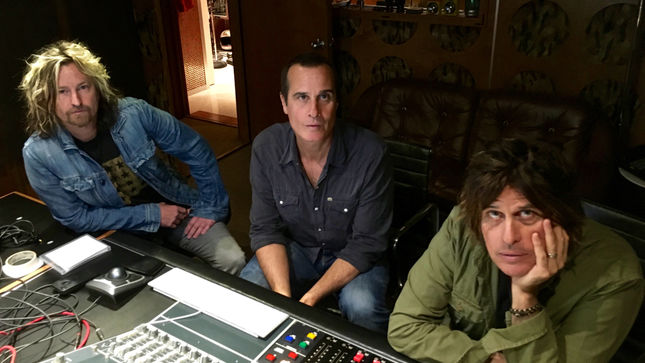 STONE TEMPLE PILOTS Celebrate 25th Of Core Album; Super Deluxe Edition Features Remastered Debut, Rarities, Unreleased Demos, Live Recordings