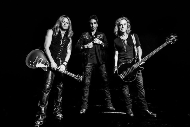 REVOLUTION SAINTS Featuring Members Of JOURNEY, THE DEAD DAISIES
