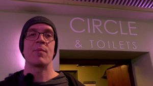 DEVIN TOWNSEND Gives Behind-The-Scenes Tour Of London's Eventim Apollo Hammersmith (Video)