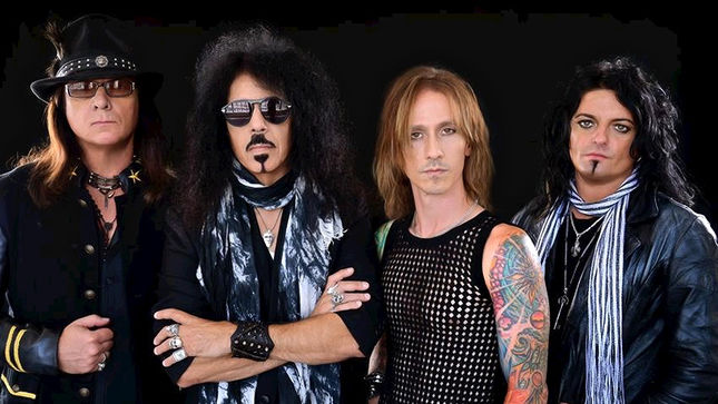 QUIET RIOT Fire Vocalist SEANN NICOLS, Replace Him With JAMES DURBIN