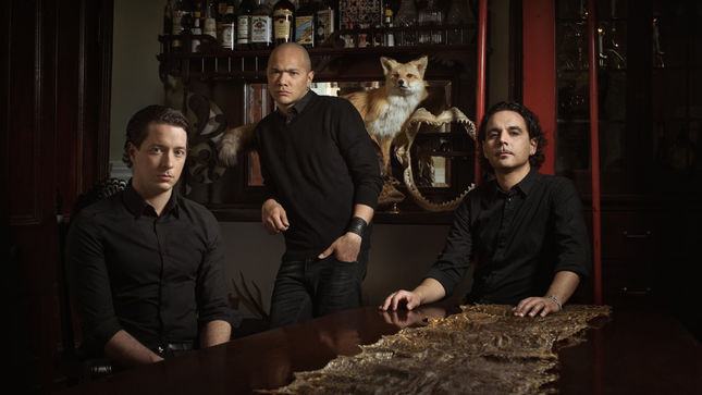DANKO JONES – Claws And Effect