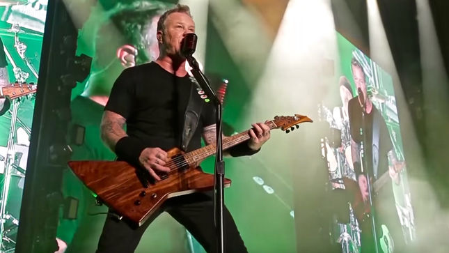 "METALLICA - Singapore Recap Video And ""Master Of Puppets"" Live Clip Streaming"