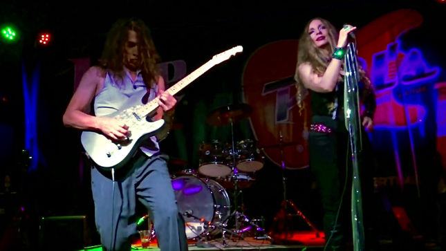 "JEFF YOUNG & SHERRI - Ex-MEGADETH Guitarist And Singer SHERRI KLEIN Perform Hendrixy Beatles Remake Of ""Something""; Video"