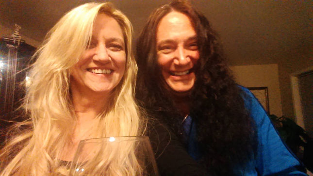 Former METAL CHURCH Frontman RONNY MUNROE's Fiancee Diagnosed With Stage 3 Ovarian Cancer; Fundraising Page Launched