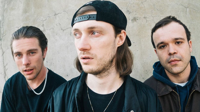 "North London's PUPPY Sign With Spinefarm Records; ""Beast"" Music Video Streaming"
