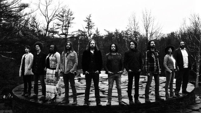 "THE MAGPIE SALUTE Featuring Former Members Of THE BLACK CROWES Streaming ""Omission"" Video"