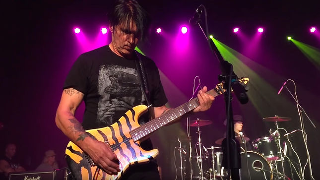 DOKKEN - Live Album With Three New Studio Tracks Coming In Early 2018, Says GEORGE LYNCH
