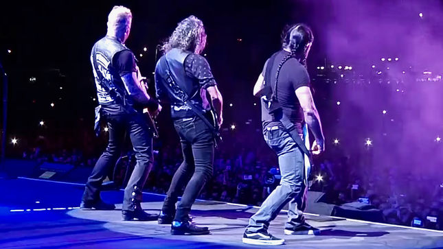 "METALLICA Live At Lollapalooza Argentina; Pro-Shot Footage ""One"" Performance Streaming; Tuning Room Video Available"