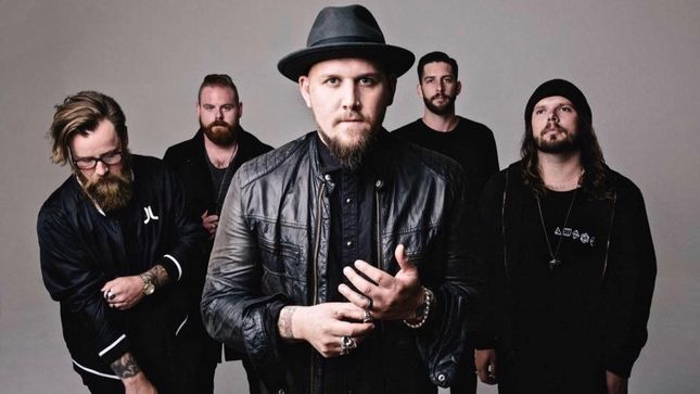 "HELL OR HIGHWATER Featuring ATREYU's Brandon Saller Streaming New Song ""Walk Out In The Rain"""