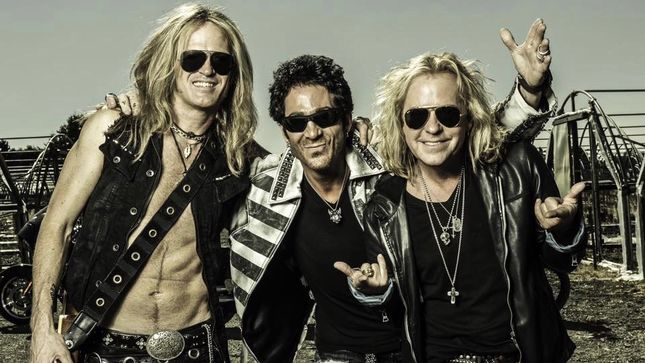 REVOLUTION SAINTS Featuring Past And Present Members Of JOURNEY, WHITESNAKE, NIGHT RANGER To Begin Recording Sophomore Album Next Week