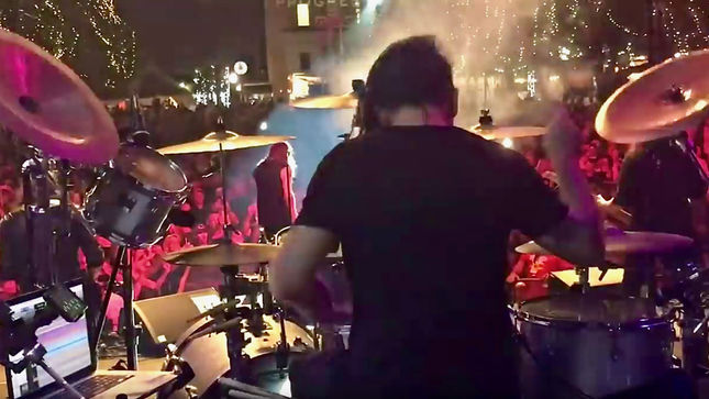 KAMELOT Drummer CASEY GRILLO Posts Drum-Cam Video From Third Show With QUEENSRŸCHE