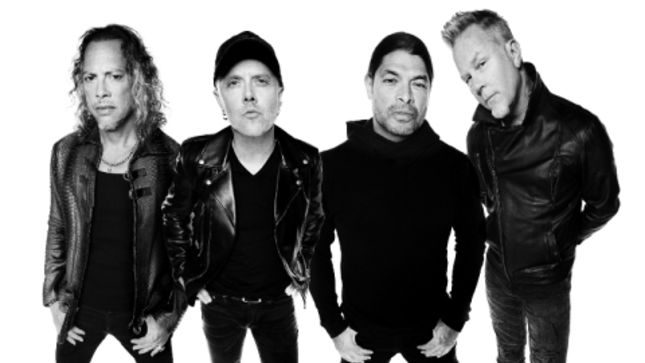 "METALLICA Bassist ROBERT TRUJILLO - ""I'm A Songwriter, But When I'm With Lars, James and Kirk, I'm Here To Support Whatever We Need To Do"" (Video)"