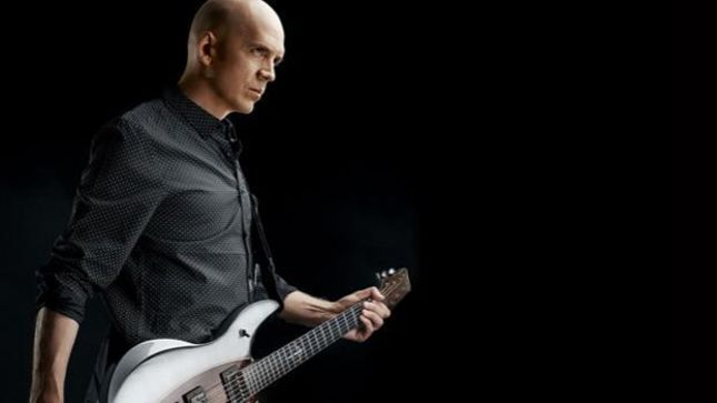"DEVIN TOWNSEND Talks Riff Writing - ""Don't Lose Sight Of Your Own Style"""