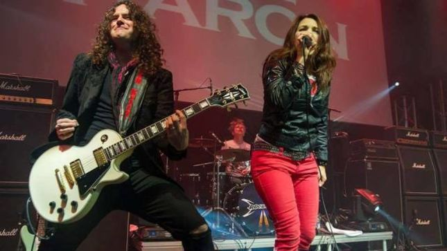 LEE AARON Performs New Song, Cover Of DEEP PURPLE Classic From Forthcoming Album On Tour In Germany; Fan-Filmed Video Posted