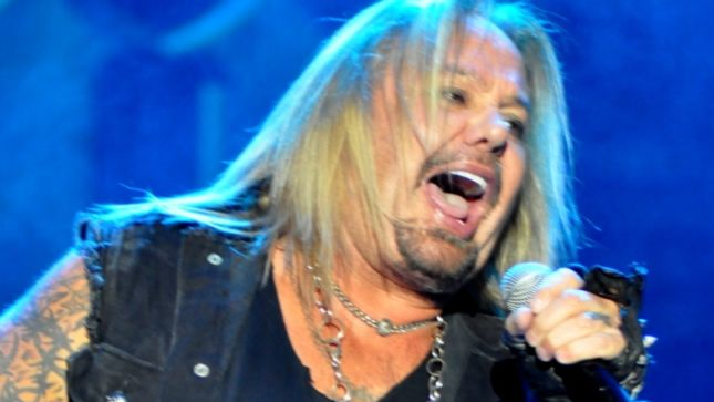 VINCE NEIL Plays Abbreviated Headline Set At Bang Your Head Festival 2017;  Promoter Issues Onstage Apology For Booking Him