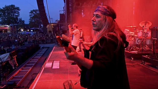 """DEEP PURPLE To Release From The Setting Sun (In Wacken)… To The Rising Sun (In Tokyo) Limited Edition Blu-Ray; """"Smoke On The Water"""" Live Video Featuring ULI JON ROTH Streaming"""