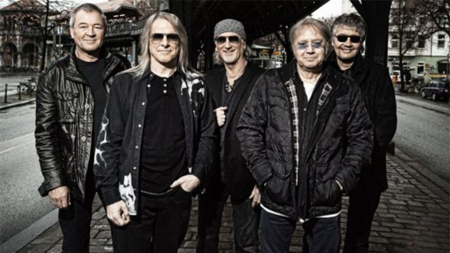 DEEP PURPLE Guitarist STEVE MORSE On Possibility Of RITCHIE BLACKMORE Returning For One Show -