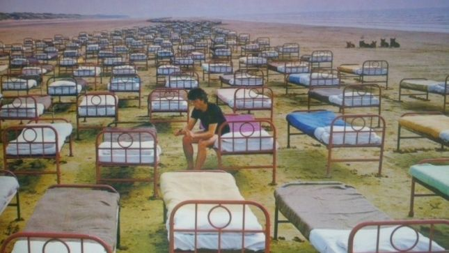PINK FLOYD's DAVID GILMOUR And NICK MASON Look Back On A Momentary Lapse Of Reason; Audio Interview Available