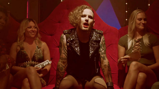 "STONE SOUR Debut Official Music Video For ""Rose Red Violent Blue (This Song Is Dumb & So Am I)""; STEEL PANTHER Make Cameo Appearance"