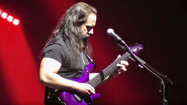 DREAM THEATER Guitarist JOHN PETRUCCI's 2017 Live Rig Rundown Available, Reveals $20,000 Guitar