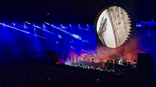 "DAVID GILMOUR Streaming ""In Any Tongue"" Excerpt From Live At Pompeii Release; Video"