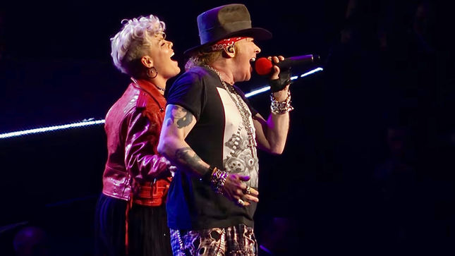 P Nk Joins Guns N Roses For Patience At Madison Square Garden Quality Video Posted