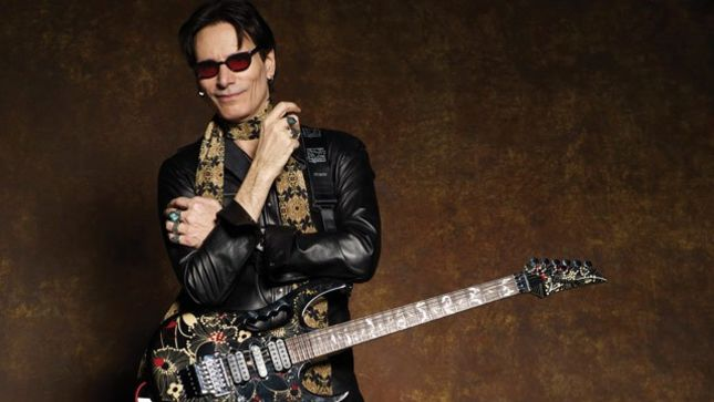 "STEVE VAI Performs Guest Solo On New EP From 15 Year-Old SAXON DAVIS; ""Back To The Now"" Streaming"