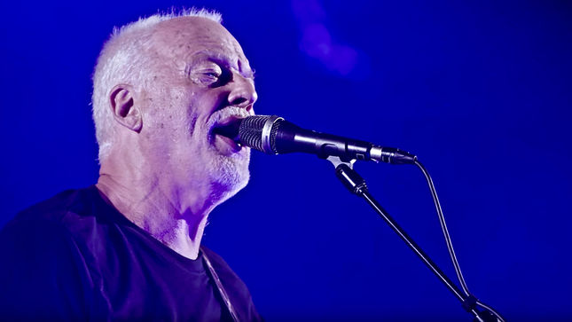"PINK FLOYD Legend DAVID GILMOUR Streaming ""Faces Of Stone"" Excerpt From Live At Pompeii Release; Video"