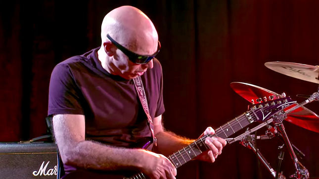 "JOE SATRIANI Talks Working With DEEP PURPLE - ""I Didn't Think That I'd Be Able To Really Give Them 100%"""