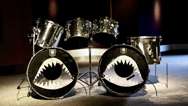 "MOTÖRHEAD Drummer PHIL ""PHILTHY ANIMAL"" TAYLOR's Original Camco Drum Kit Up For Auction"