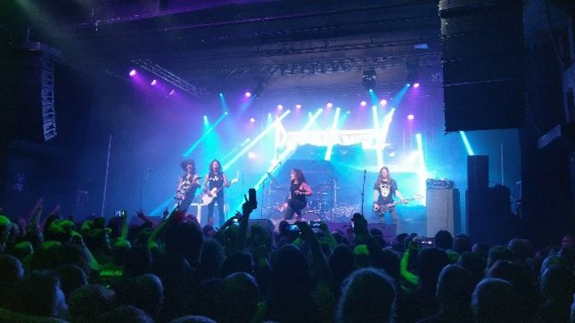 "DEATH ANGEL Pay Tribute To MALCOLM YOUNG Live On Stage In Budapest With AC/DC's ""Dog Eat Dog"""