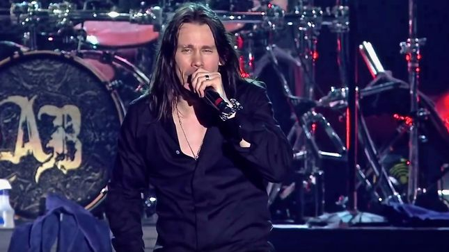 MYLES KENNEDY Signs With Napalm Records; First Solo Album, Year Of The Tiger, Due In Spring 2018