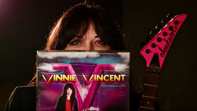 "Former KISS Guitarist VINNIE VINCENT At Spooky Empire - ""When You're Scared, You Still Want More"""