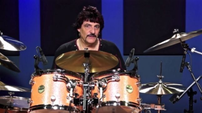 "CARMINE APPICE - ""I Have Tapes Of VINNIE VINCENT When He Played With Me, Before KISS"""