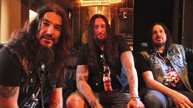 DESTRUCTION, FORBIDDEN Members Join MACHINE HEAD Frontman ROBB FLYNN On No F'n Regrets Podcast; Video