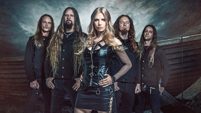 "LEAVES' EYES Vocalist ELINA SIIRALA On Comparisons To Former NIGHTWISH Singer TARJA - ""I've Heard That A Few Times; It's a Compliment"""