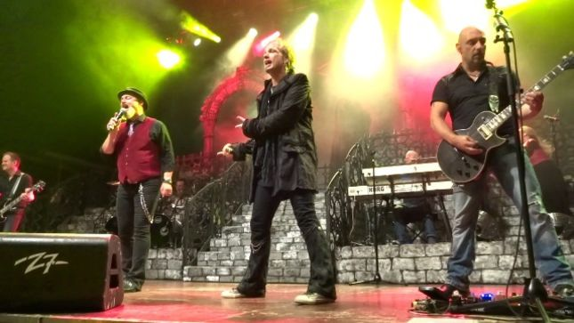 "GEOFF TATE - ""I Keep Getting Asked To Do These Guest Projects, And I'm Really Enjoying That"""