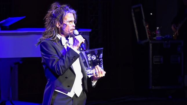 AEROSMITH Singer STEVEN TYLER Honoured At Nashville Symphony Ball; Video