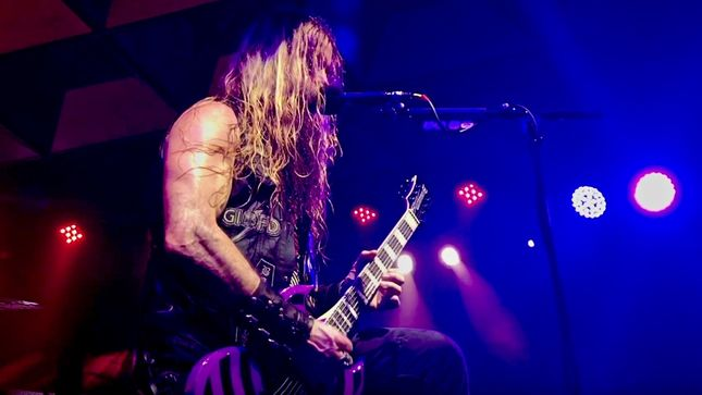 ZAKK WYLDE Performs US National Anthem At Chicago Bulls Vs. Toronto Raptors Game; Video Streaming