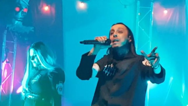 LACUNA COIL - Fan-Filmed Video From 20th Anniversary Show In London Posted