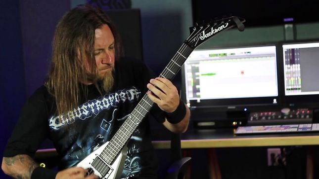 "CLAUSTROFOBIA Guitarist MARCUS D'ANGELO Performs ""Download Hatred"" For EMGtv's The Green Room Series; Video"