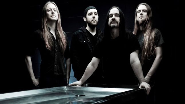 CARCASS Guitarist BEN ASH Leaves Band; TOM DRAPER Steps In
