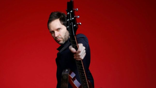 "MR. BIG Guitarist PAUL GILBERT Talks Rhythmic Playing - ""My Challenge As A Teacher Is To Make That Exciting To The Student"" (Video)"