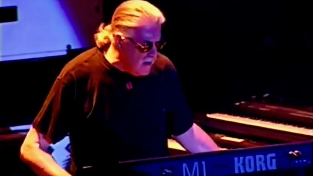 DEEP PURPLE - Rare Video Footage Surfaces From 1998, 1999 Concerts