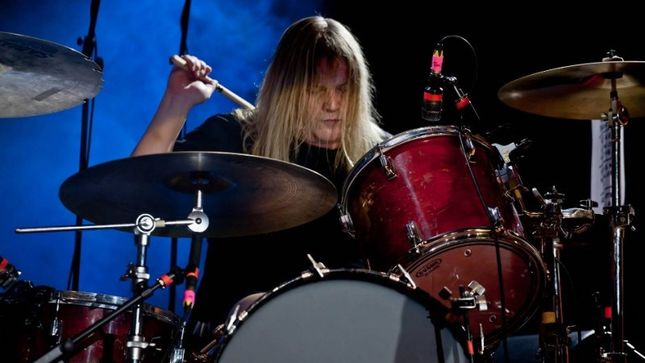 CORROSION OF CONFORMITY - GoFundMe Campaign Launched To Assist Drummer REED MULLIN In Paying For Knee Surgery