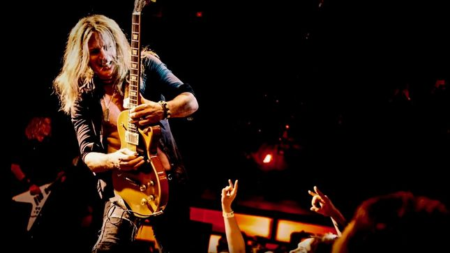 "THE DEAD DAISIES On 2019 Hiatus - ""It Could Be Three Months, It Could Be Six Months... But We Will Be Working At Some Point,"" Says DOUG ALDRICH (Video)"