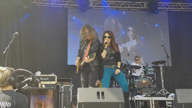LEE AARON - Fan-Filmed Video From Kitchener Blues Festival Posted