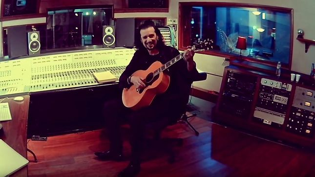 "BRUCE KULICK And THOMAS ZWIJSEN Perform Acoustic Rendition Of KISS Classic ""Forever""; Video"